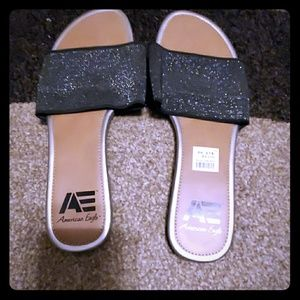 Slightly used American Eagle sandals size 10